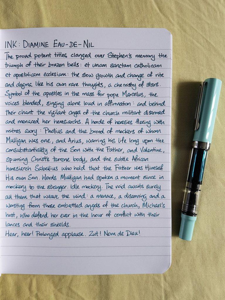 Writing sample of Diamine Eau de Nil ink on Rhodia notebook